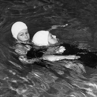 The Queen taking part in her lifesaving